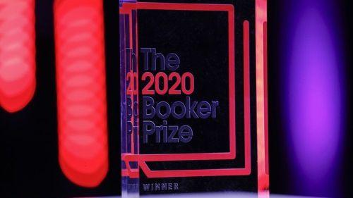 Prestižní Bookerovu cenu získal skotský spisovatel Douglas Stuart