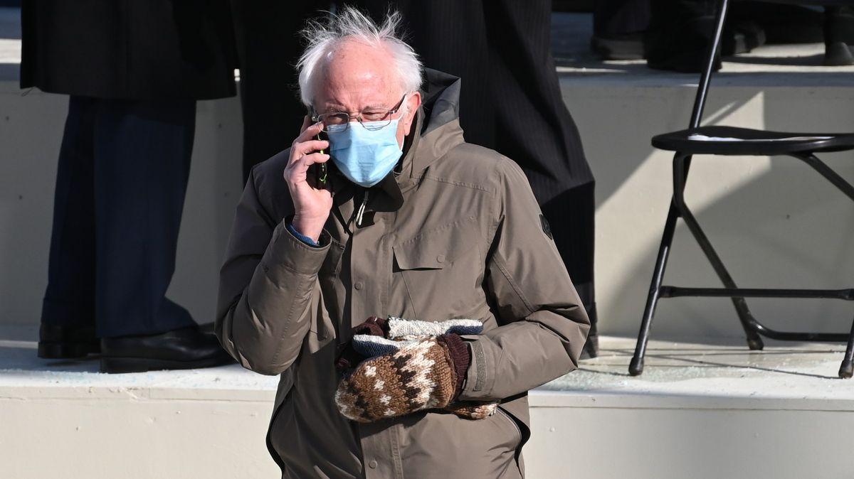 Hitem americké inaugurace jsou Bernieho palčáky