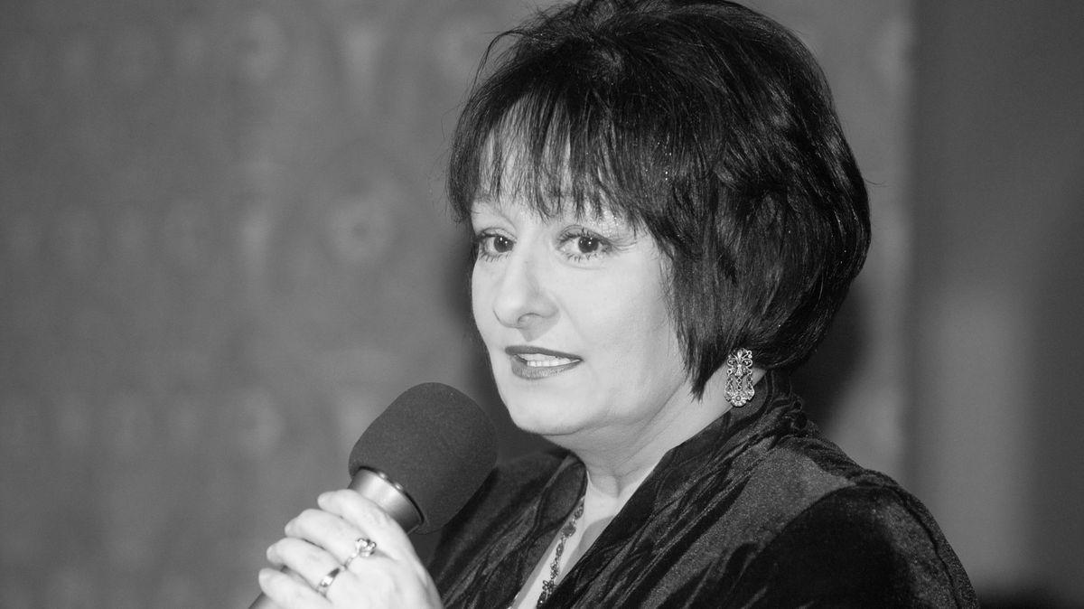 Zemřela Eva Jurinová, mentorka novinářů ikultivovaný hlas metra B