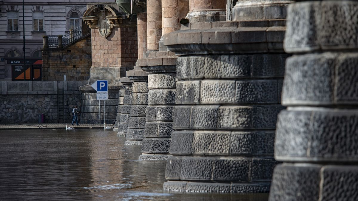 Praha vypsala tendr na stavbu lávky HolKa propojující Holešovice a Karlín