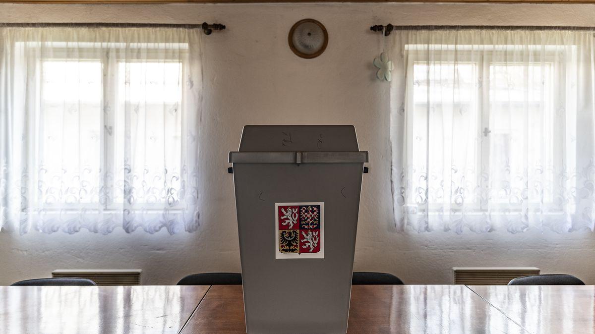 Volte naši rodinu. Z11členné kandidátky je sedm příbuzných