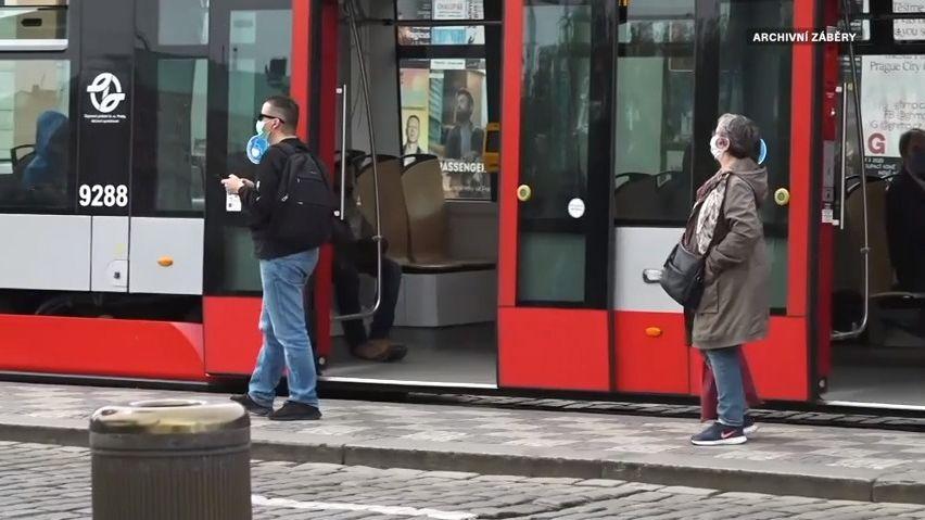VPraze zdraží od srpna jednotlivé jízdné iSMS jízdenky MHD, roční zůstane
