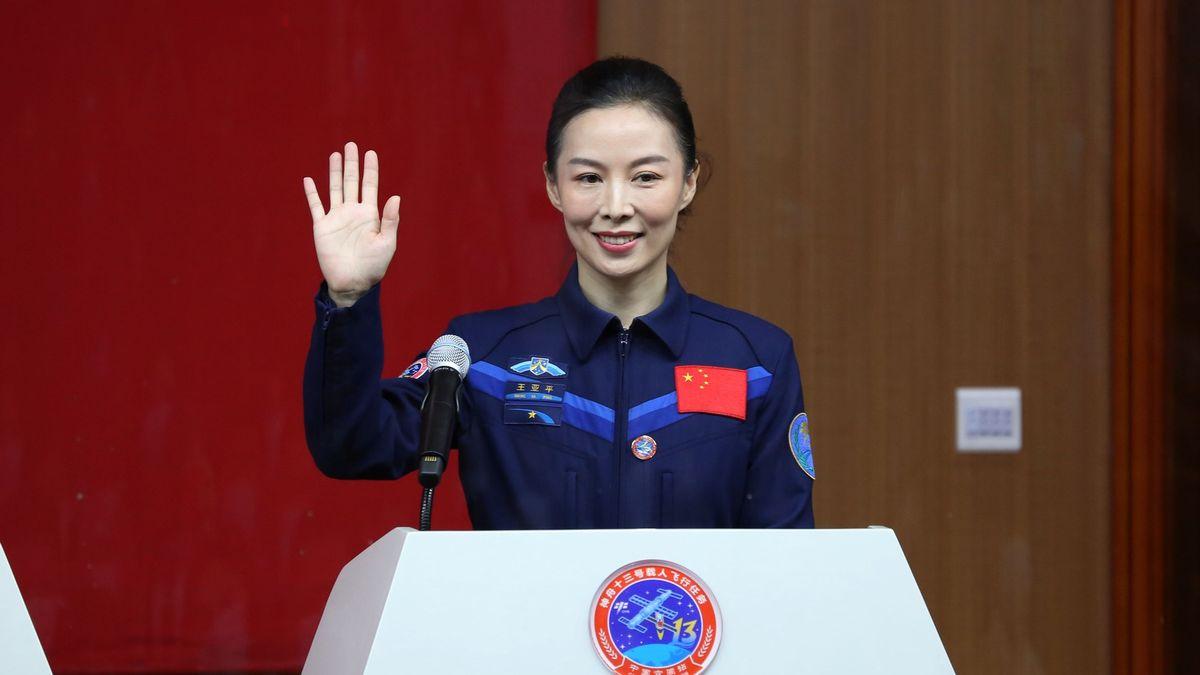 Nový milník pro astronautky. Čína posílá první ženu na vesmírnou stanici