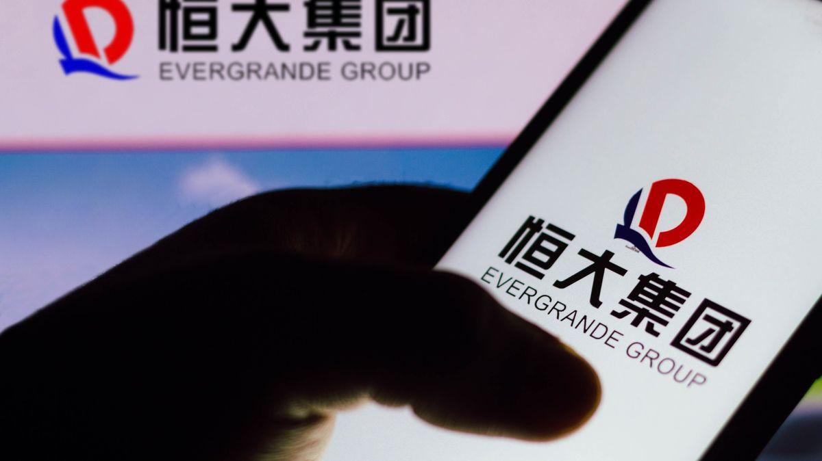Největší čínský developer okus blíž pádu. Firma nesplatila úroky