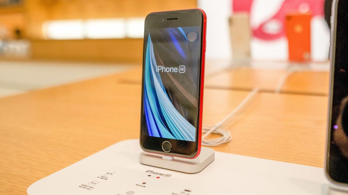 Chcete nový iPhone? Smůla, došly a zatím nebudou