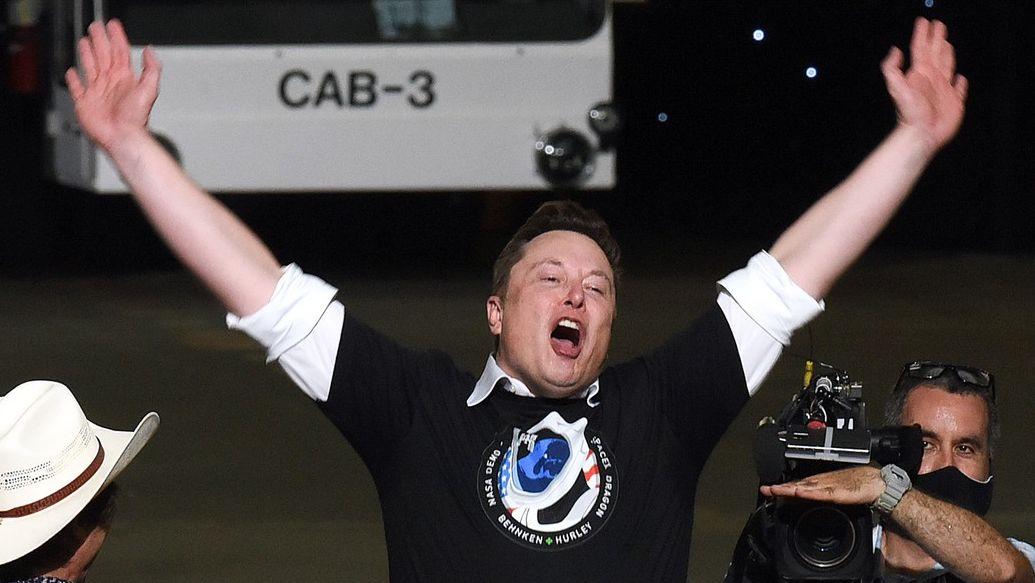 Jak se Musk stal nejbohatším na světě? Po elektroautech cílí na Mars