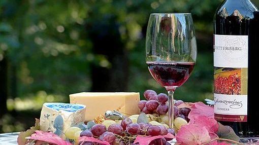 Držte si číše, do úrody vína promluví vedra, plísně, požáry icovid-19