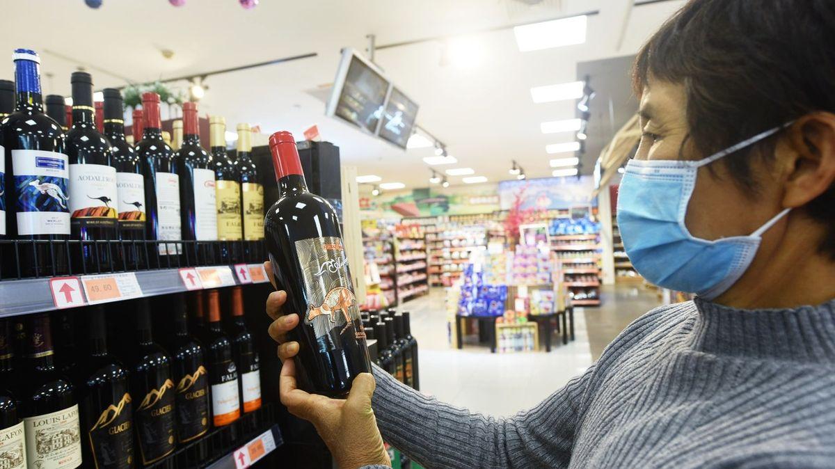 Zachraňte australské víno. Koupí jste proti čínské šikaně, vyzývají země