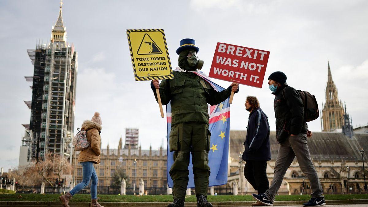 Brexit a pandemie: Trvalý pobyt? Čekejte dalších 5let, slyšel český student