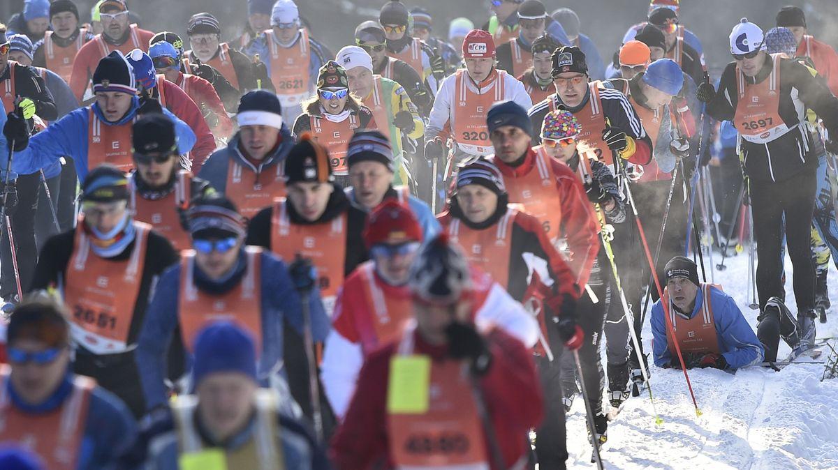 Tisíce lyžařů zůstanou doma. Vláda odmítla výjimku pro Jizerskou padesátku