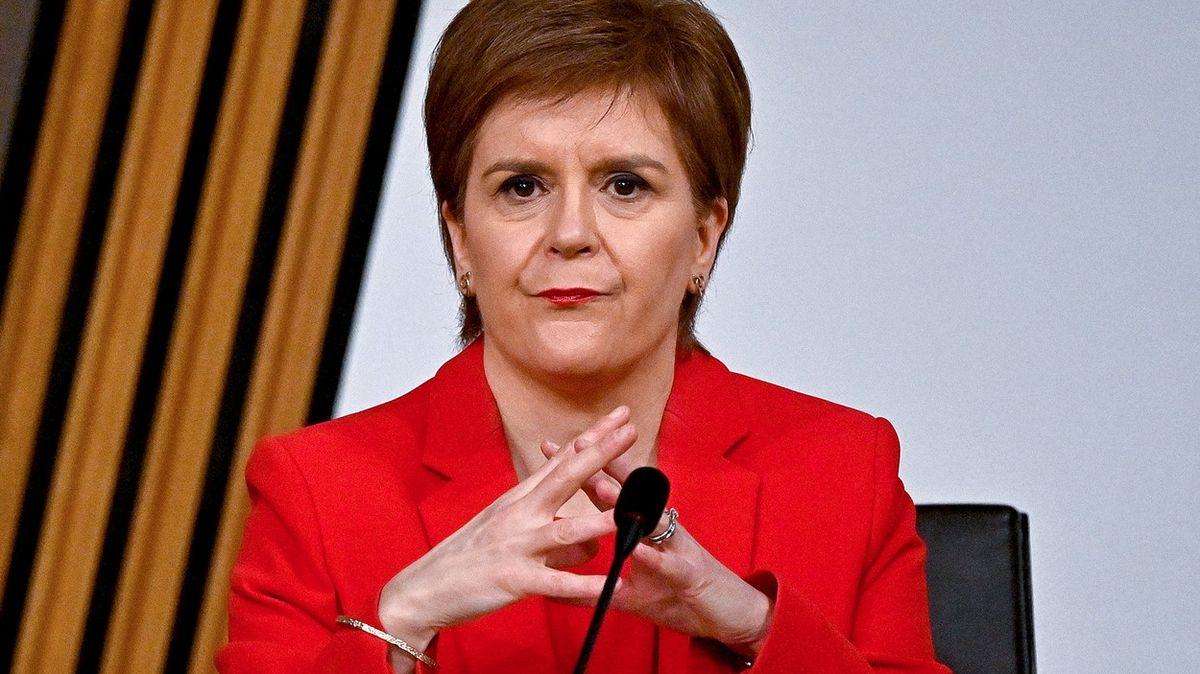 Skotská premiérka čelí výzvám krezignaci. Ve hře je referendum onezávislost