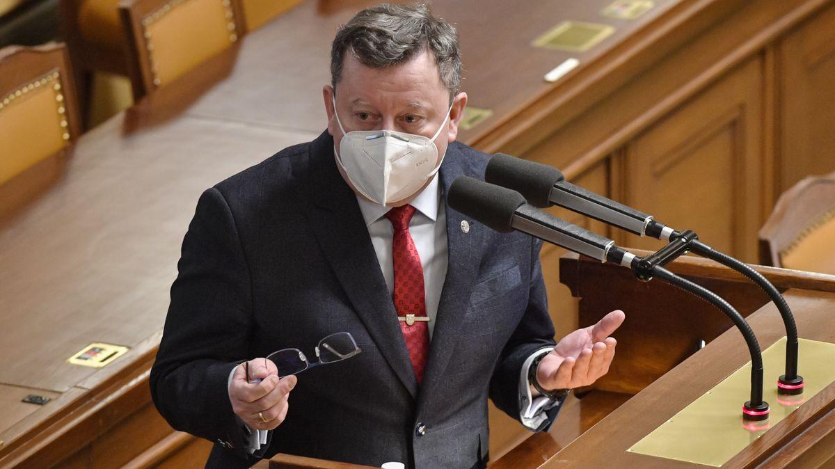 Glosa: Nový náraz (ne)zapomenutelného ministra