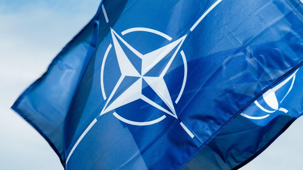 Společná obrana aneb Článek 5.Kdy mohou spojenci zNATO pomoci