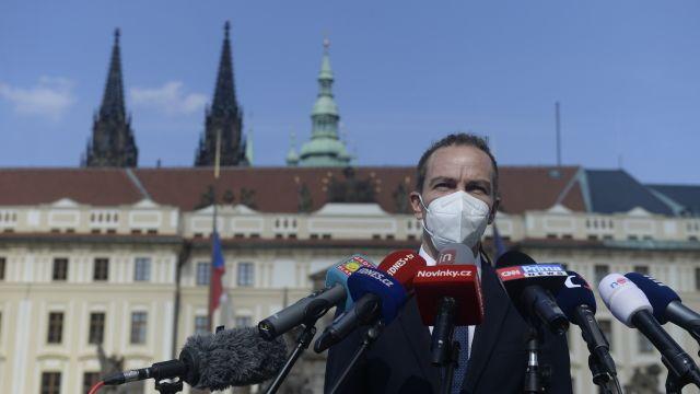 Nevyjádřil se jasně, řekl Bartoš kdebatě se Zemanem opředčasných volbách