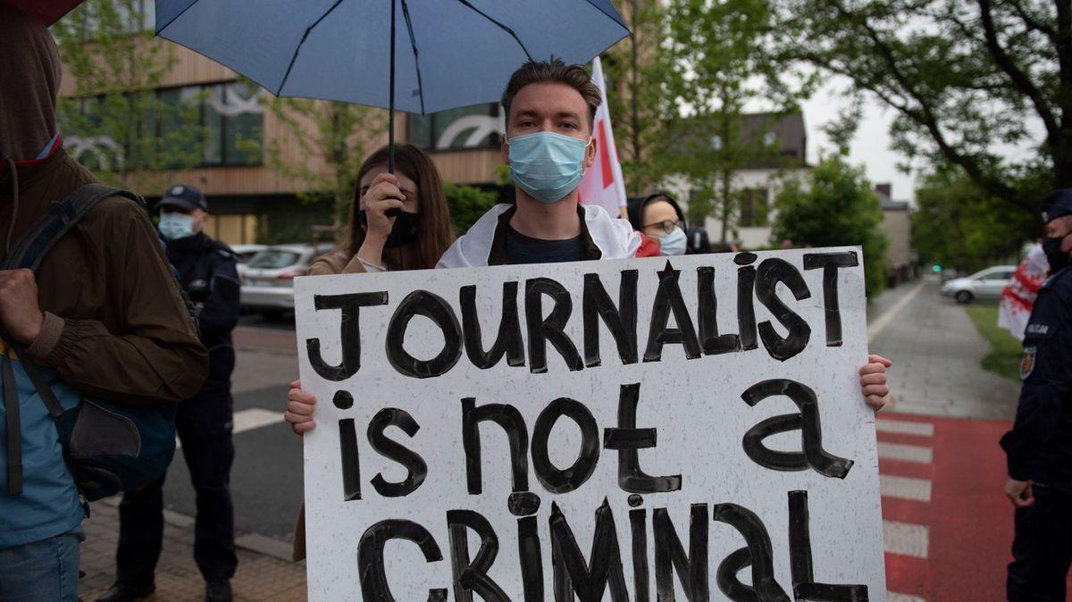 Běloruští novináři potřebují pomoc, ubytování shánějí ivČesku