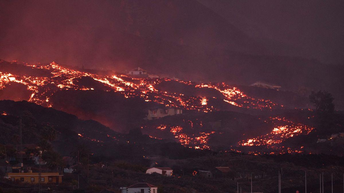 Láva na španělském ostrově La Palma pohltila další domy