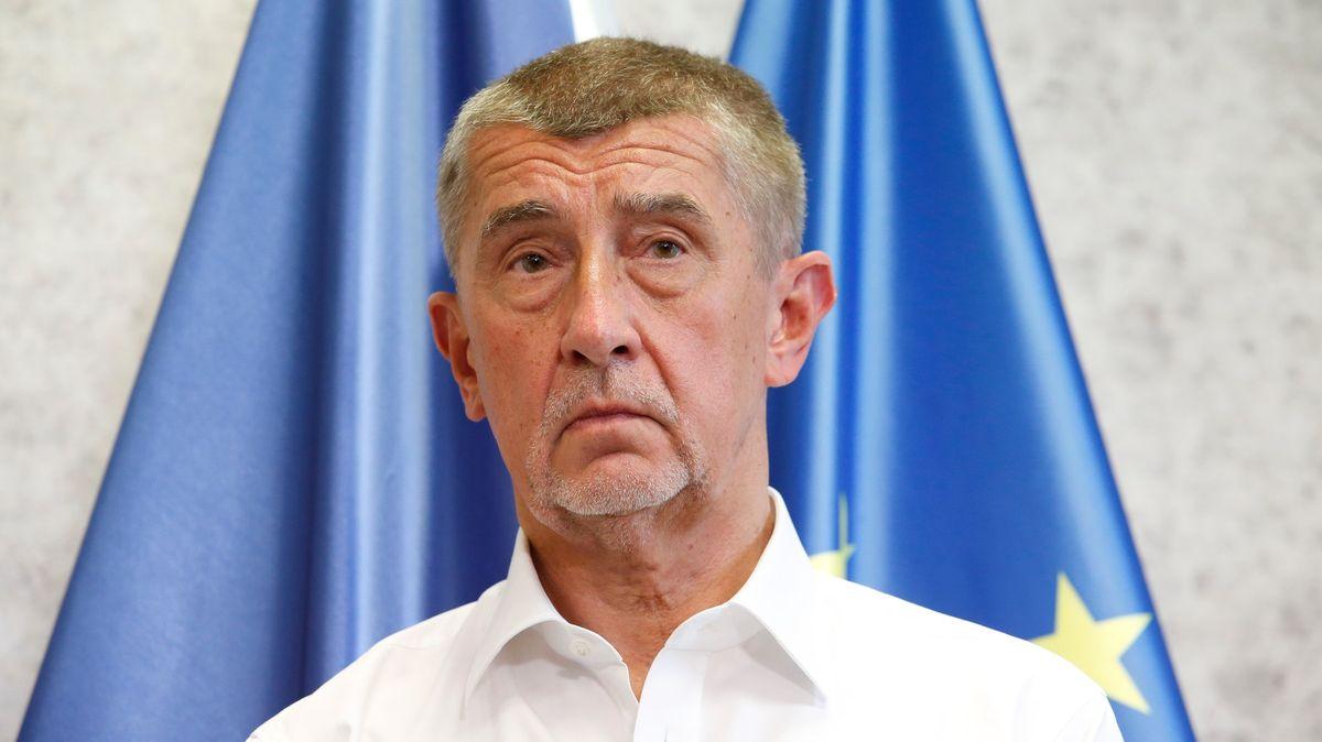 Za Babišovy urážky zaplatí každý Čech 1600korun, tvrdí europoslanec