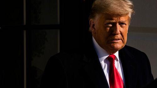 Trump přepisuje dějiny USA. Bude čelit impeachmentu podruhé