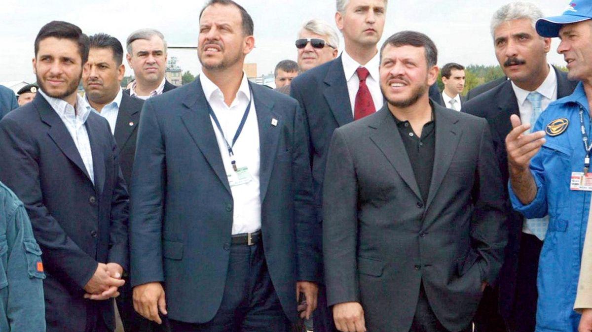 """Otřesy vjordánské monarchii: po """"spiknutí"""" slíbil princ Hamzá věrnost králi"""