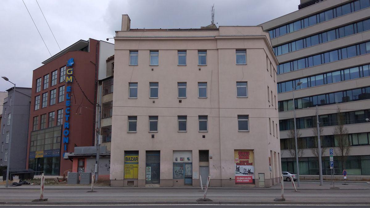 Brno chce prodat domy, ve kterých bydlí lidé splatnými smlouvami