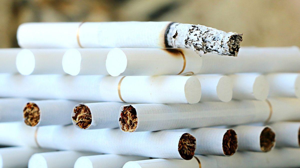 Akcie tabákových firem klesly. Biden se chystá zasáhnout proti cigaretám