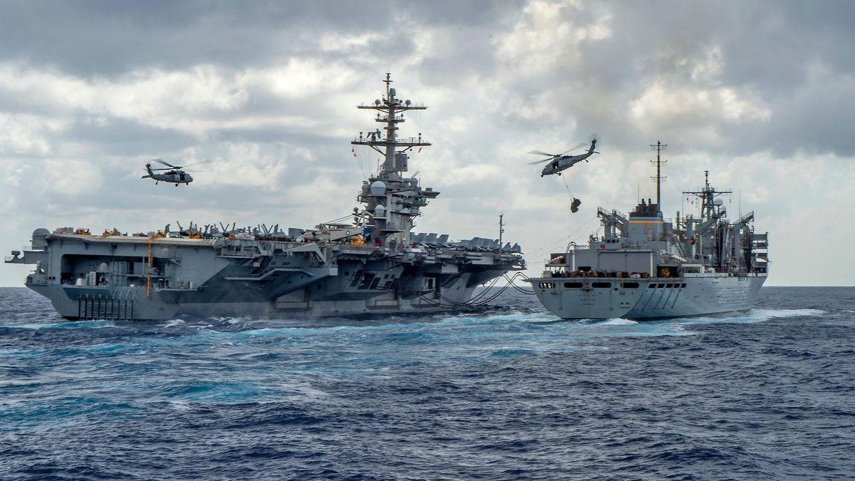 """""""Ukážeme naši sílu."""" Británie vyšle kČíně obrovskou námořní flotilu"""