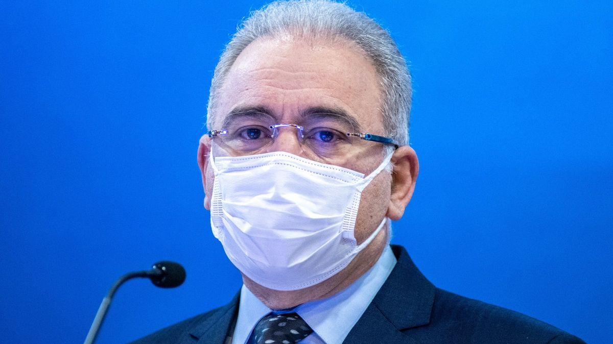 Covid pronikl mezi světové lídry. Přivezl ho očkovaný ministr zdravotnictví
