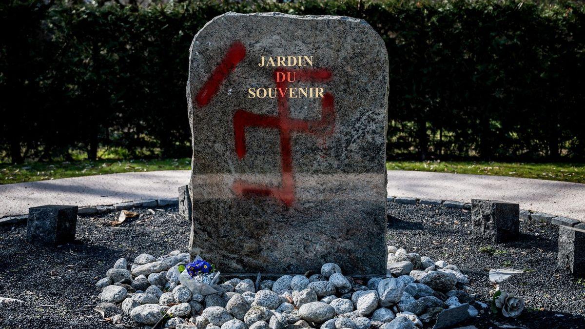 Kritizujete Izrael a Čínu ne? Tak to jste antisemita. Svoboda slova vohrožení