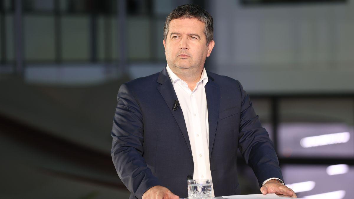 Hamáček: Josef Lux by dnes volil ČSSD. Lidovci žádají omluvu