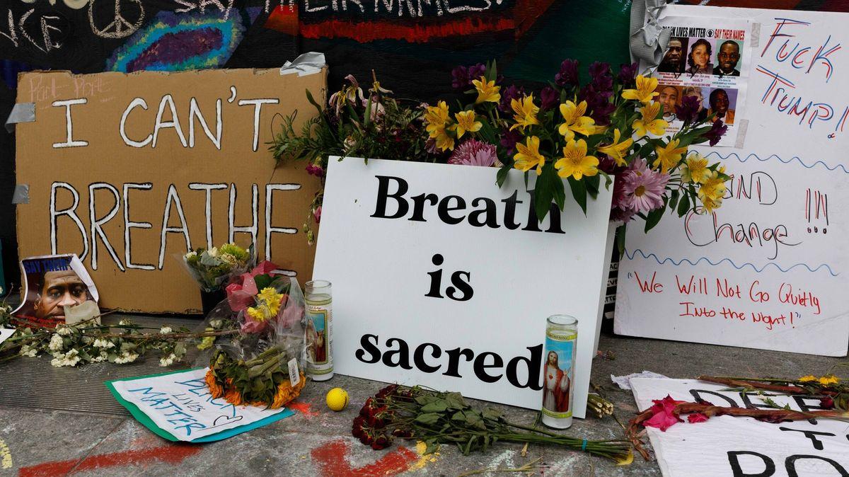 """""""Nemůžu dýchat."""" Při násilném zatýkání se vUSA udusily desítky lidí"""