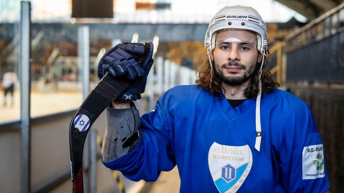 Izraelský hokejista bude hrát za tým Osvětimi. Zrádce, obviňují ho krajané