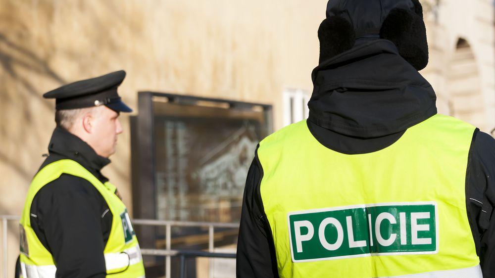 Očkování proti covidu-19dostali tři krajští ředitelé a dalších 3500policistů
