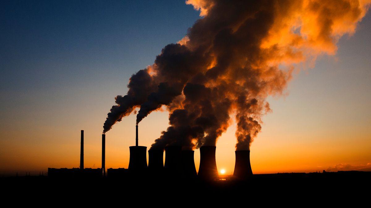 Nastartování ekonomik uškodí ovzduší. Emise porostou nejvíce za 10let
