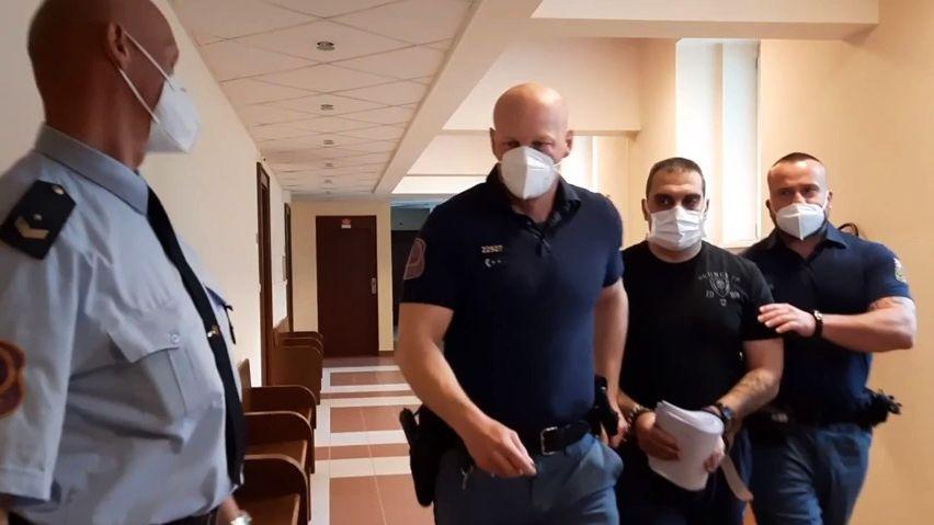 Český sériový vrah byl vhledáčku policie. Přesto zabil znovu