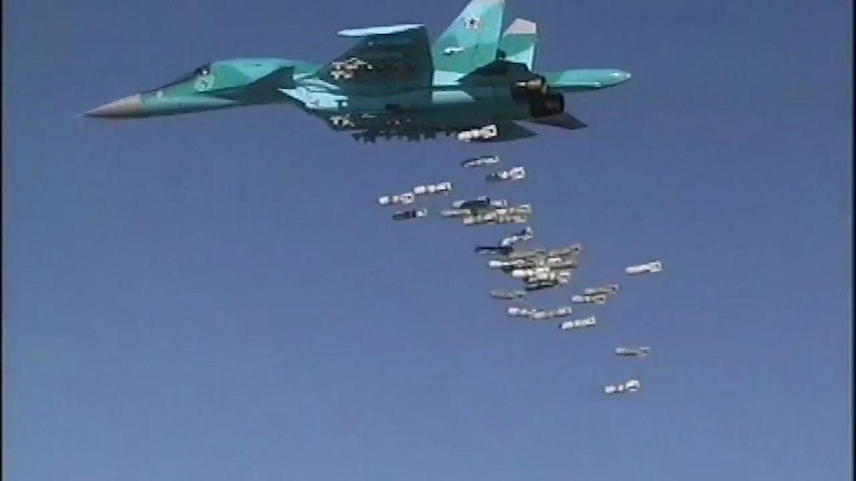 """""""Odhodili jsme cukrovinky."""" Ruské letouny prozradila rádiová komunikace"""