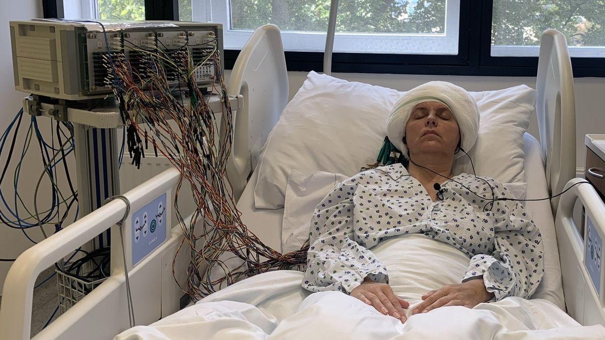 Nejen Mozart. Lékaři vBrně zkoušejí kpotlačení epilepsie ifilmovou hudbu