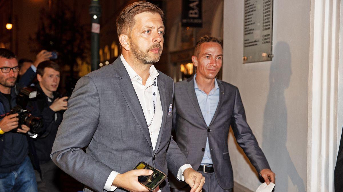 Dělení vládních postů: STAN chce 4ministry, počítá se ismístem pro Bartoše