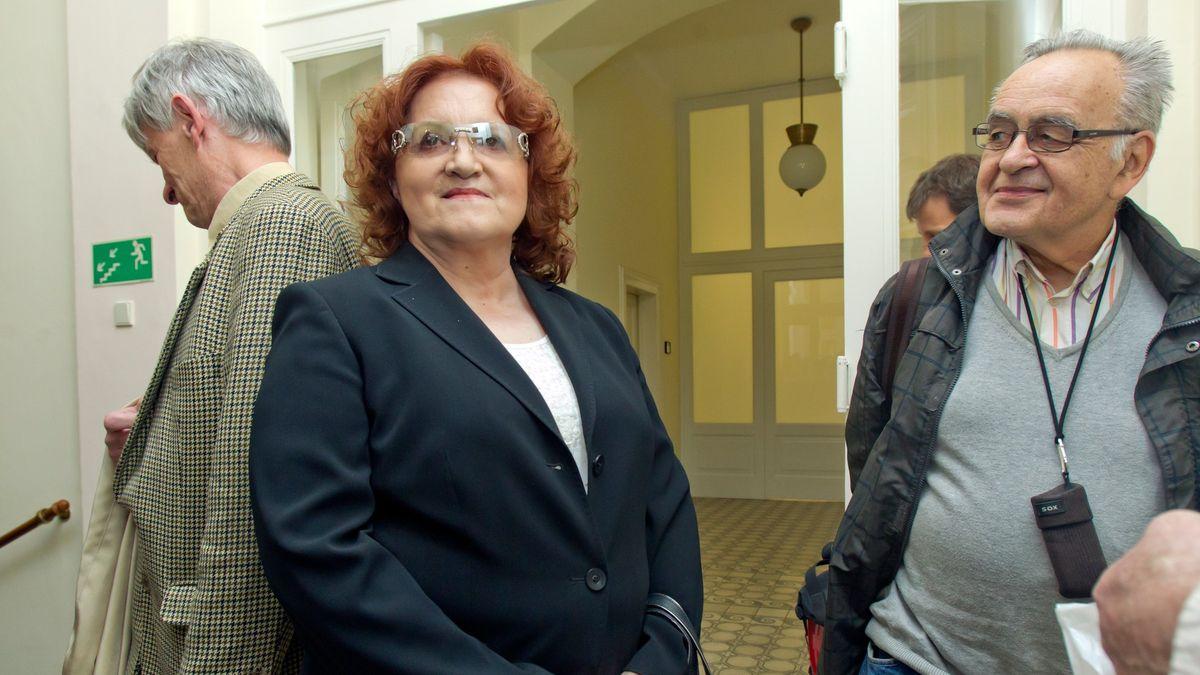 Soud pravomocně osvobodil exministryni Parkanovou vkauze letounů Casa