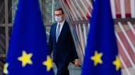 """Polský premiér přiostřil boj sBruselem, mluví o """"třetísvětové"""""""