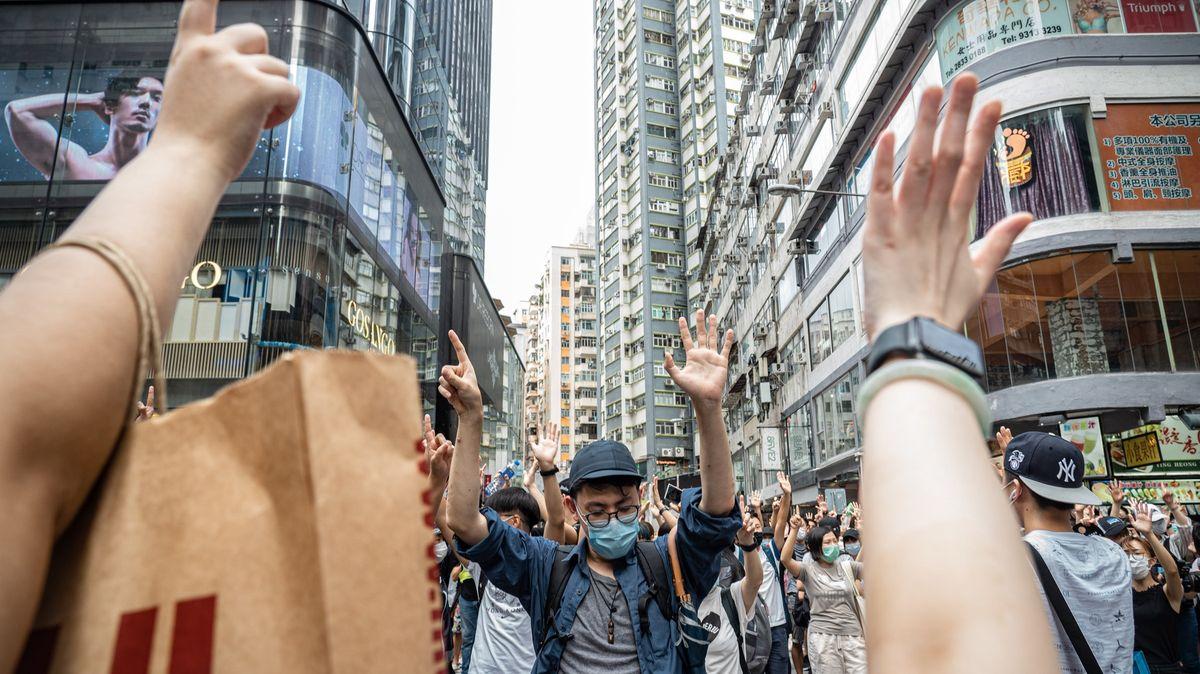 Týden po bezpečnostním zákonu už má Čína vHongkongu ipříslušný úřad