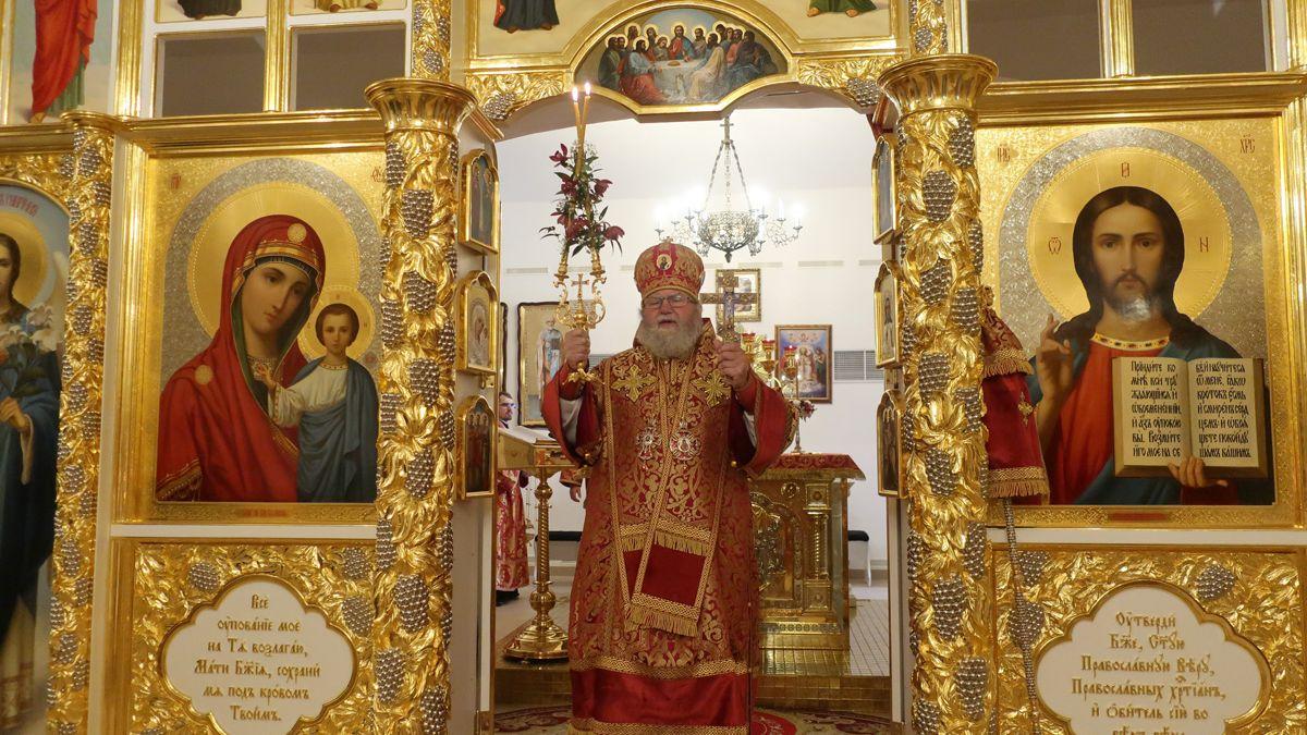 Vchrámu vJezdovicích bohoslužbami oslavili pravoslavné Velikonoce