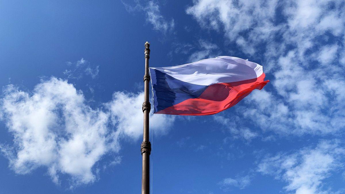 Bez změny Česko zamíří mezi nejzadluženější země. Dluh rostl skoro nejvíc vEU