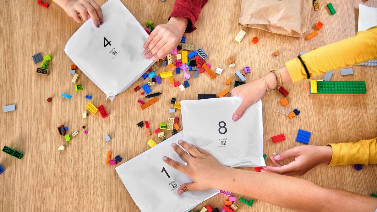 Lego po nátlaku dětí přejde na papírové obaly
