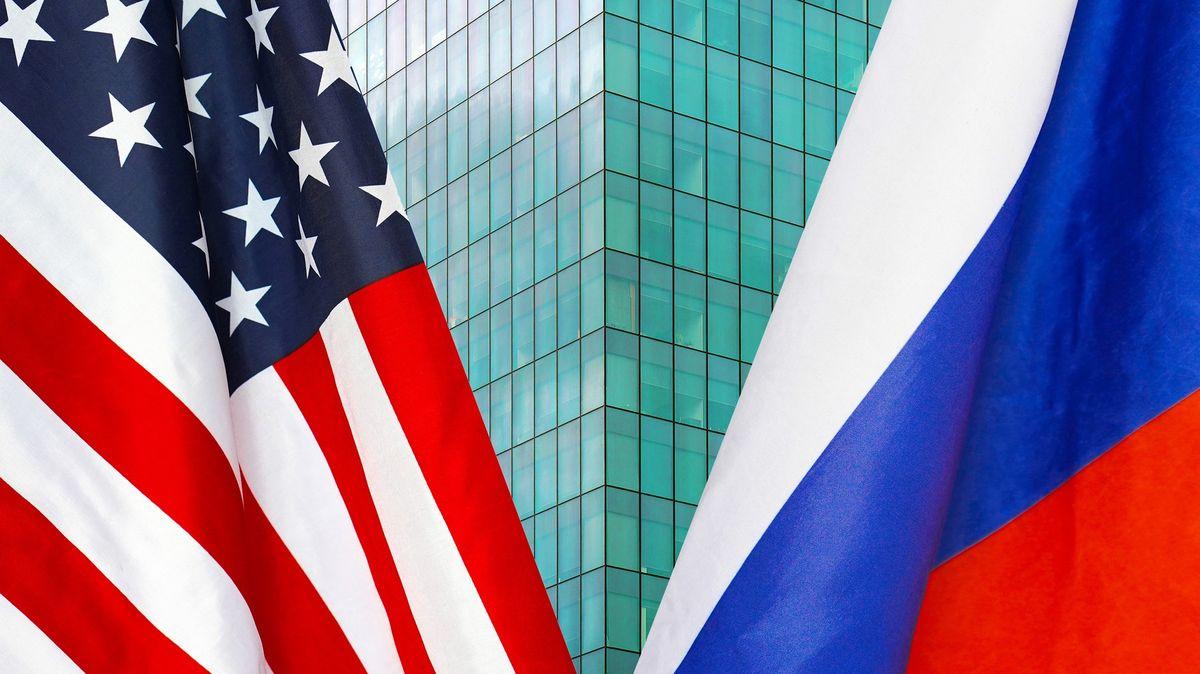 Moskva vyhostí americké a polské diplomaty, vůči USA zváží další kroky