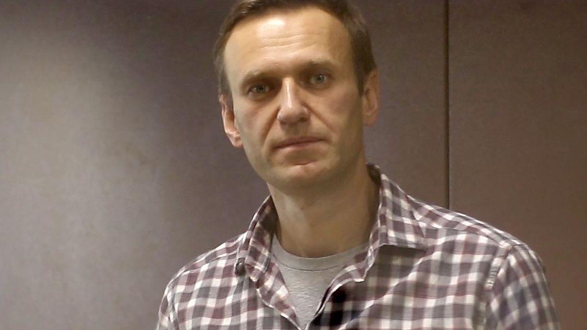 Navalnému hrozí selhání ledvin, varují lékaři