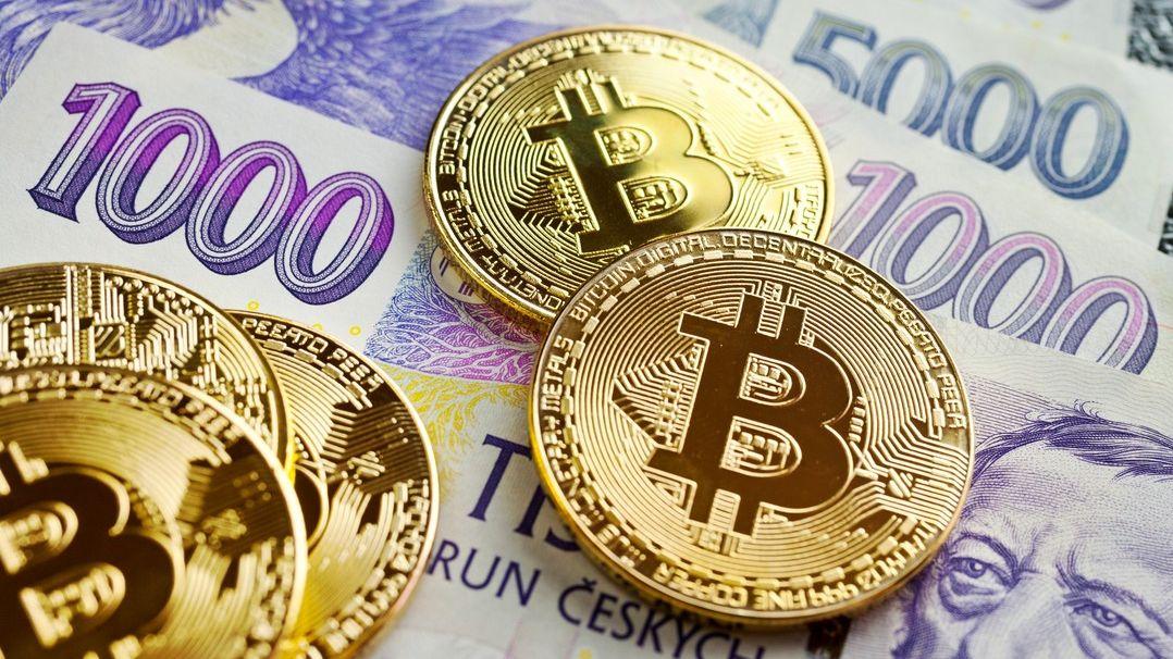 Propad bitcoinu sebere něco téměř všem. Někomu peníze, jinému iluze