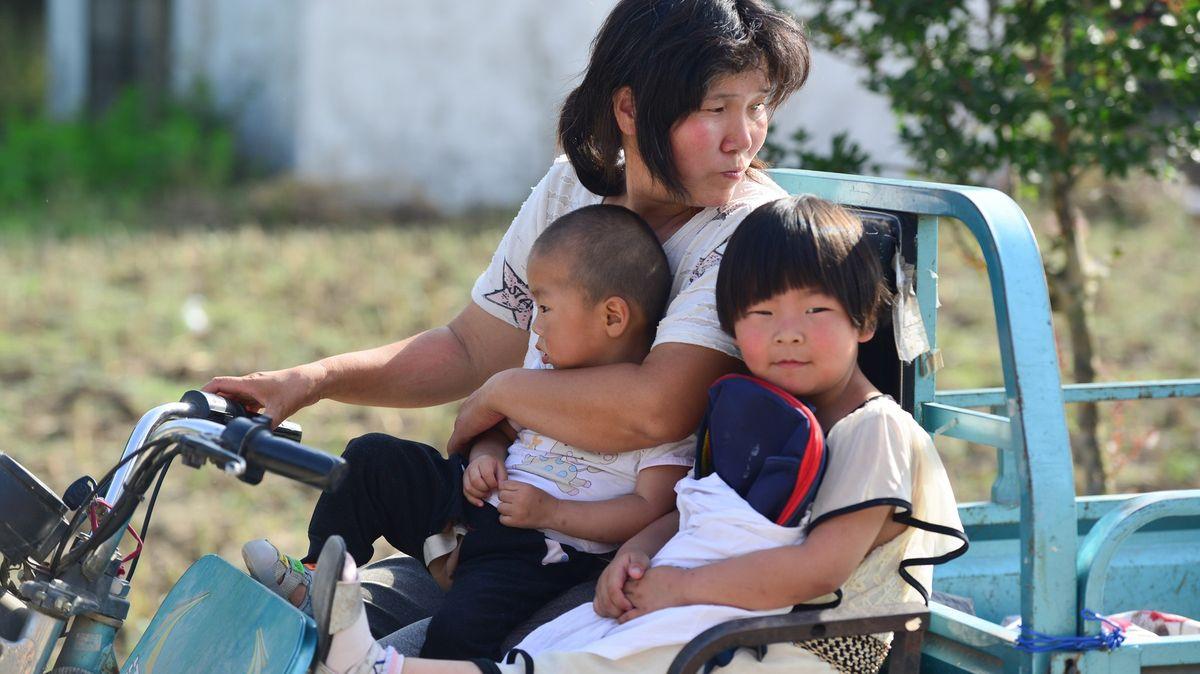 Mějte tři děti a spaste národ, hlásá Peking. Číňané ale už nemají zájem