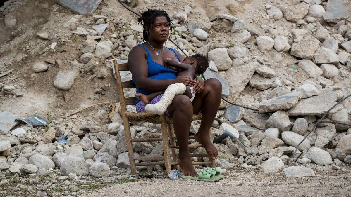 Fotky plné beznaděje: Tak to vypadá na Haiti dva týdny po zemětřesení