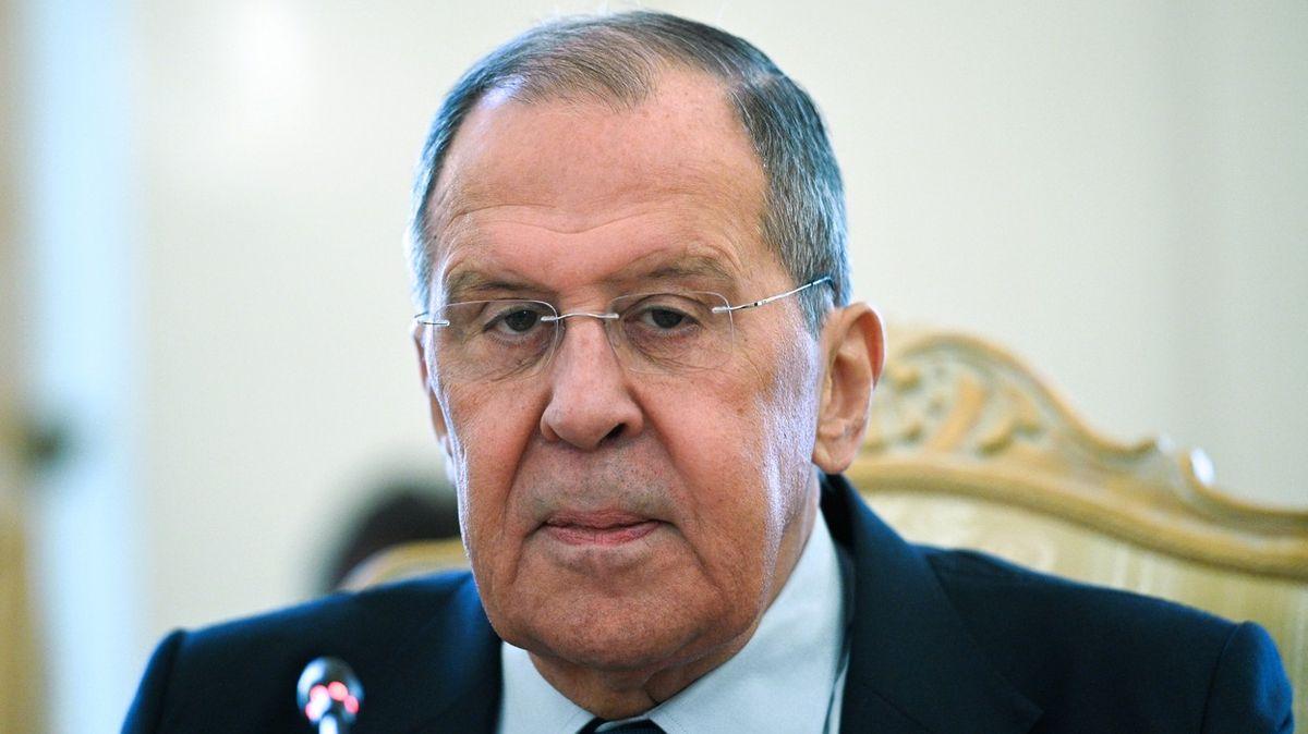 Lavrov trhá vazby, NATO se má nově obracet na ruského velvyslance vBelgii