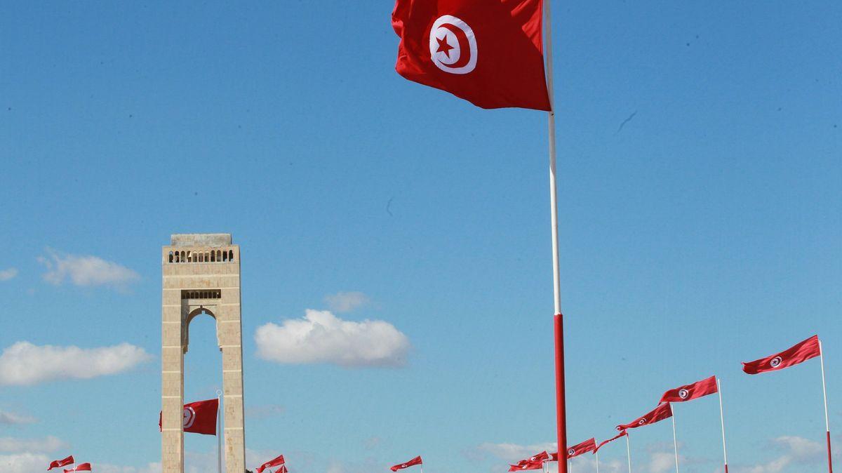Tunisko nařizuje očkování. Bez něj se někteří nedostanou ani do práce